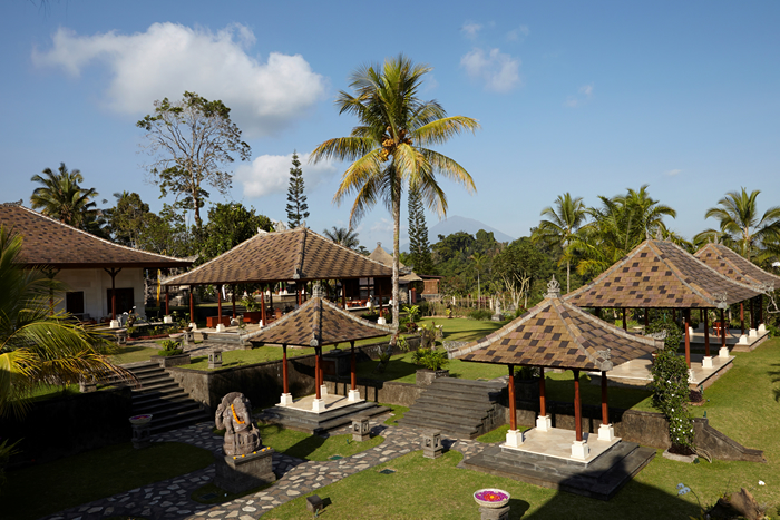 Balinese-Compound